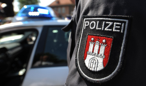 Police catch teen runaway in dad's Merc