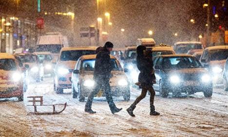 Six billion tonnes of snow smother Germany