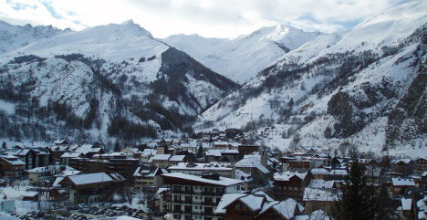Skier dies in French Alps avalanche