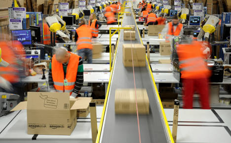 Watchdog probes Amazon's pricing policy
