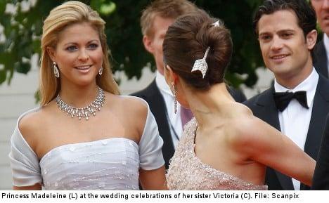 Swedish princess inks her wedding invitations
