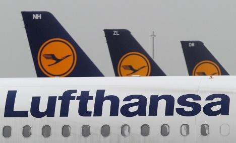Lufthansa orders new jets amid job cuts
