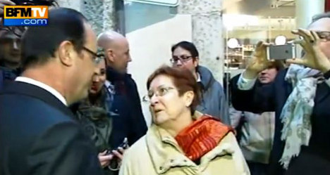 VIDEO: Angry voters confront Hollande on tour