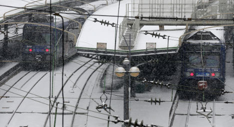 Snow causes travel chaos in northern France