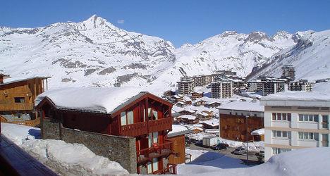 Avalanche near Tignes kills two off-piste skiers