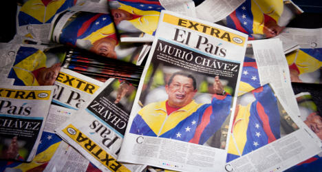 Hollande commends Chavez's 'fight for justice'