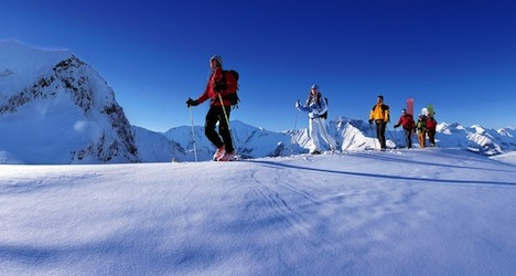 Police seek clues to Alps ski death mystery