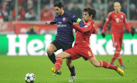 Bayern stumble onward in Champions League