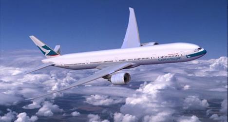 Swiss orders Boeings as 2012 profits slump