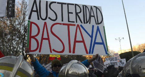 Spain's public debt hits record high