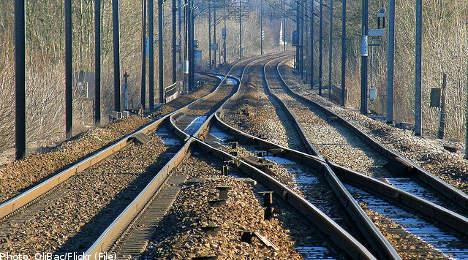 Damaged track slows Stockholm-area trains