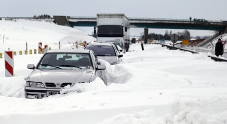 Ten horror stories from France's winter whiteout