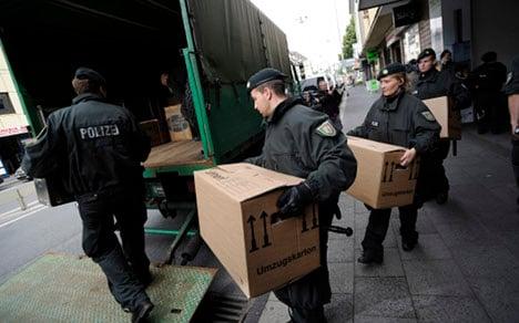 Police mount nationwide raid against Islamists