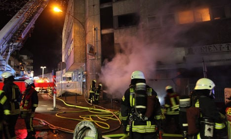Fire brigade rescues 34 people from inferno