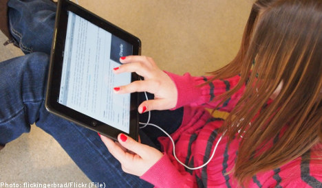 Kids read and write better on iPads: Swedish study