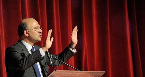 France announces plan to cut deficit by 2014