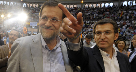 Politician snubs narco-friendship photo talk