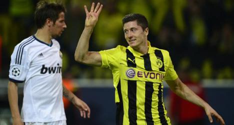 Borussia's Lewandowski sinks Real Madrid