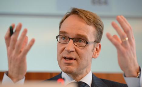Euro debt crisis 'could last a decade'