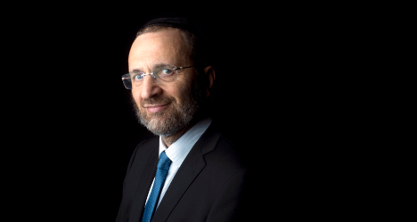 Grand Rabbi brought down by moment of truth