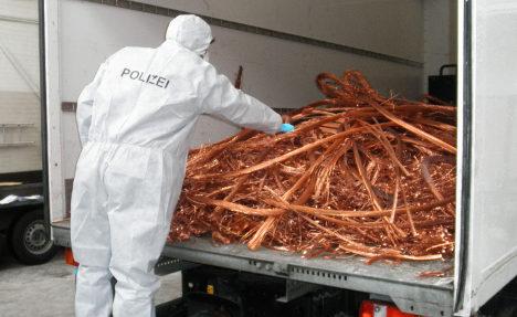 Metal thieves delay 17,000 German trains