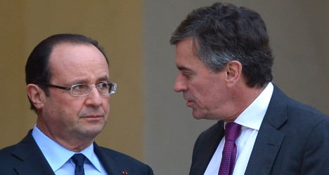 Hollande vows new law on ministers' wealth
