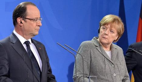 French attacks on Merkel up heat on Hollande