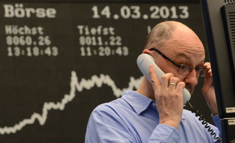 Investor confidence falls