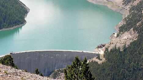 Swiss dam fault kills thousands of trout