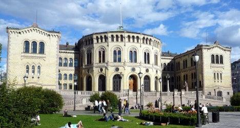 Parliament evacuated after short-circuit blast
