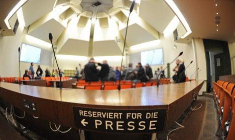Court delays neo-Nazi murder trial for press