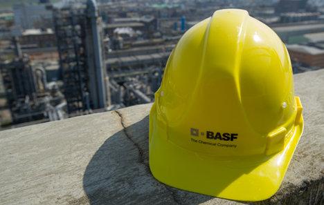 Chemical giant BASF to axe 500 jobs