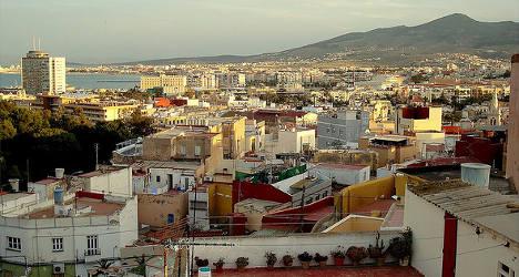 Migrants injure police in Melilla beach scuffle