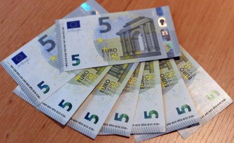 New €5 notes make German debut