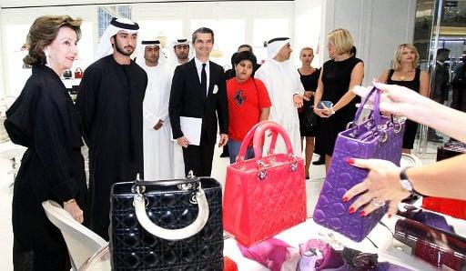 Street crime hurts Paris tourism: fashion brands