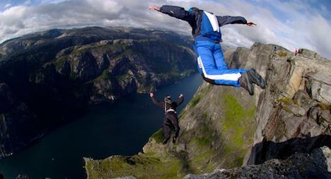 Norwegian base jumper dies in Bern cliff crash