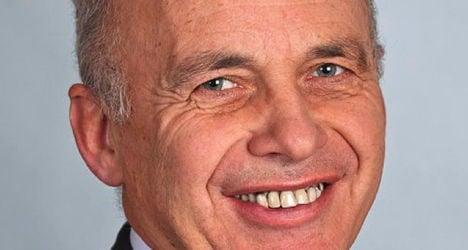 Maurer apologizes for Holocaust message gaffe