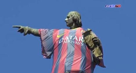 Barça shirt on Columbus statue sparks protest