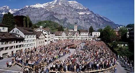 Glarus voters reject dialect-only kindergarten