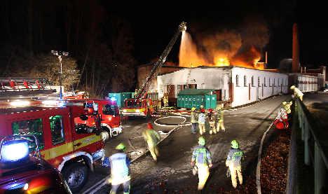 Düsseldorf police hunt for serial arsonist