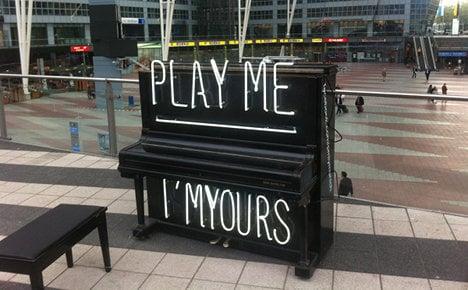 Munich tinkles street pianos' ivories