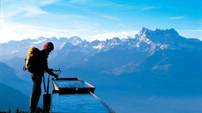 'Extreme skier' dies on steep Swiss Alpine slope