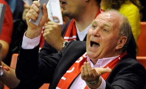 Bayern boss Hoeneß steps down – for now