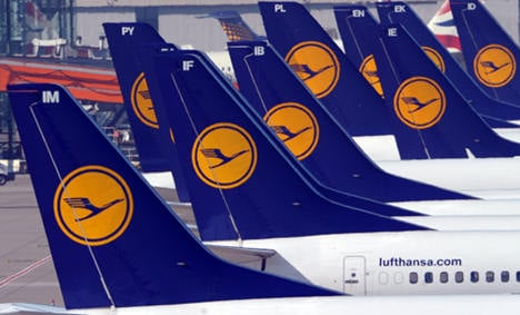 Lufthansa settles bitter pay dispute