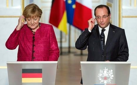 Merkel and Hollande show unity for eurozone