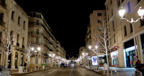 Man behind French 'heist of century' hangs self