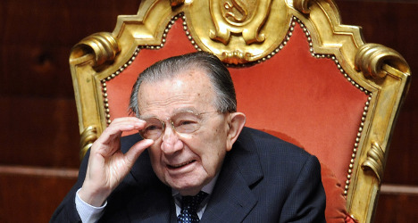Italy's 'untouchable' ex-PM Andreotti dies at 94