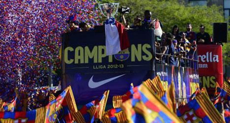 Barça party by bus after La Liga triumph