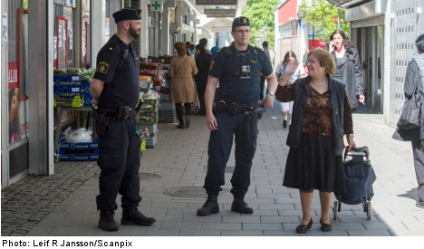 Stockholm riots starting to ease: police