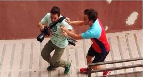 Paparazzi sues Fernando Alonso over attack